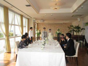 レストランでの結婚式お披露目お食事会