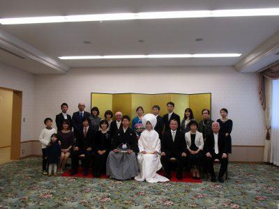 神社挙式後の集合写真