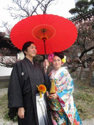 赤番傘と色打掛の前撮り(福岡)