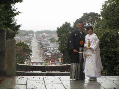 宮地嶽神社 光の道で神社挙式記念写真