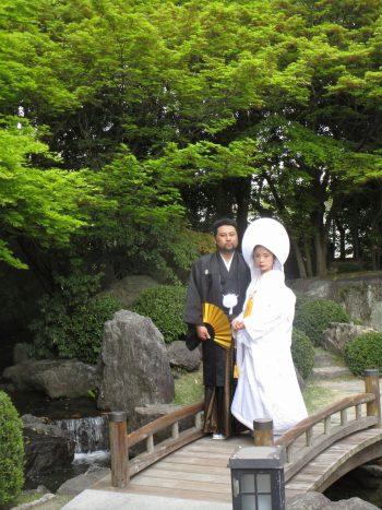 大濠公園日本庭園で婚礼和装の結婚式前撮り