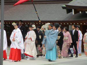 岡田神社での参進の儀