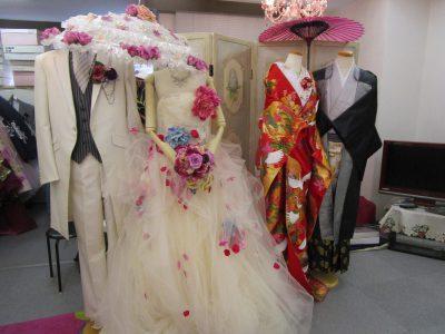福岡博多の婚礼衣装店 ウェディングドレスとタキシード